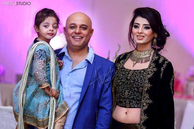 Ali Azmat with wife and daughter