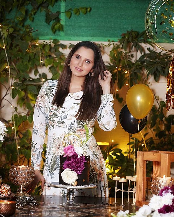Sania Mirza dressed up for her Birthday party