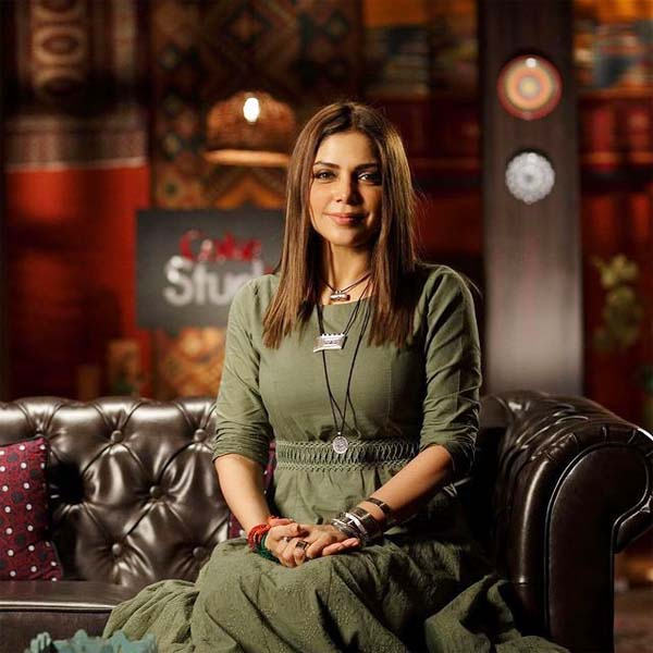 The woman has Claimed that she had her hair straightened from Hadiqa Kiani's salon